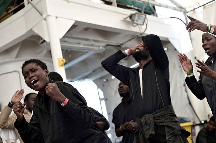 Les migrants, heureux d'être arrivé.e.s